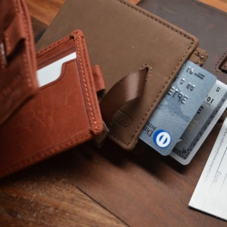 The Tommy Quick Bi-fold Wallet